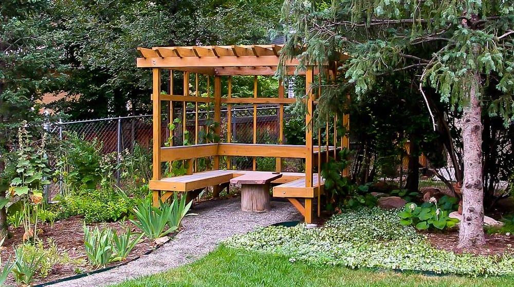 Swearingen-Wood-Lattice-Outdoor-Seating-(large)