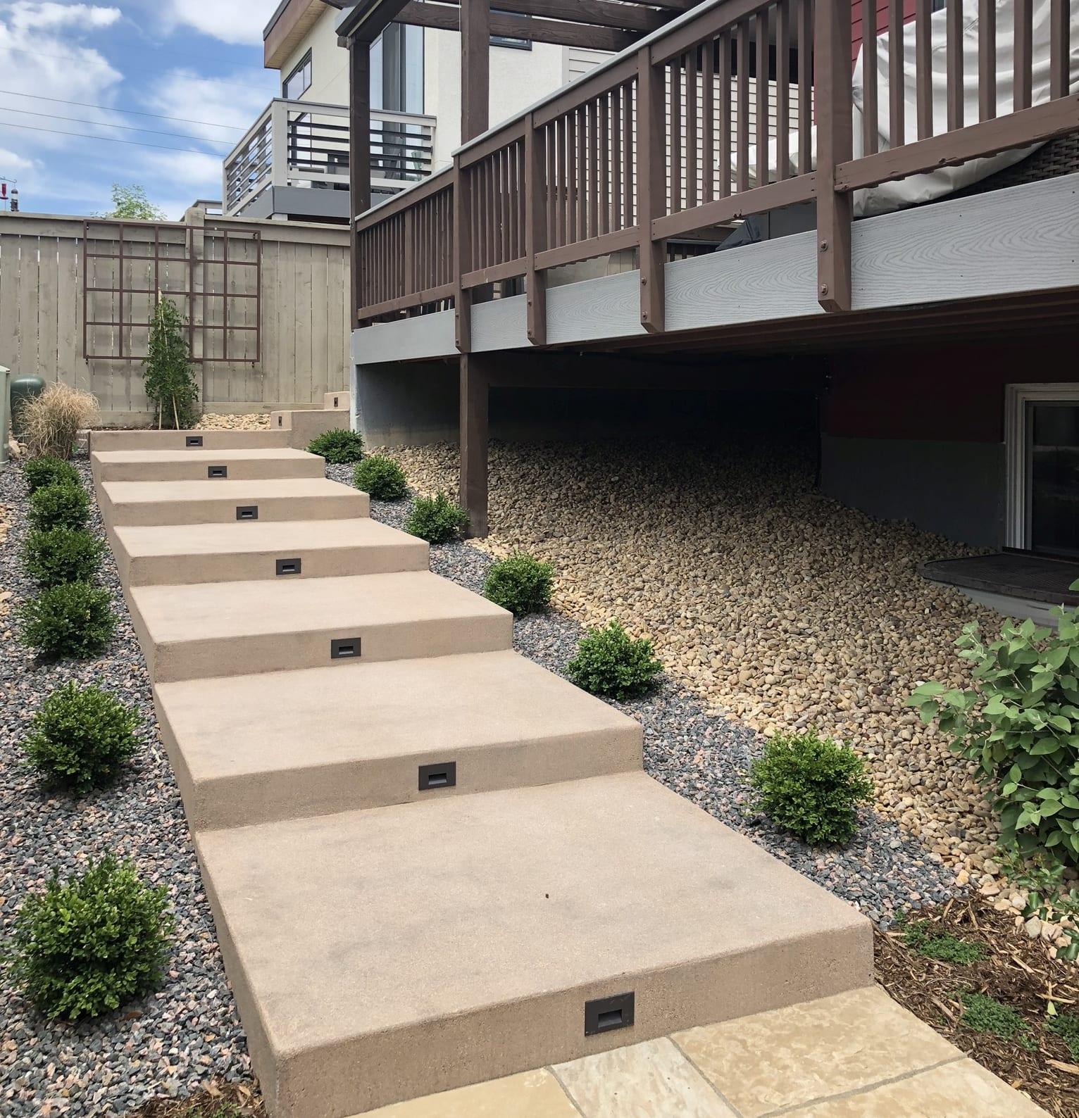 concrete stepway outdoor lighting